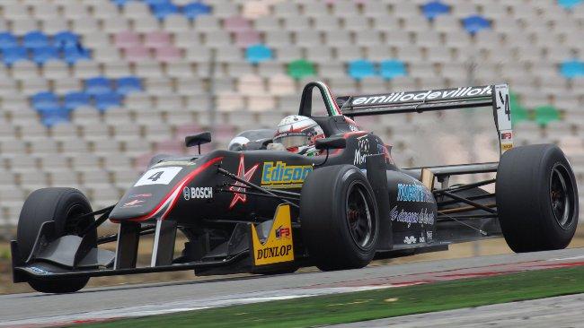Juan Carlos Sistos in pole all'ultimo secondo