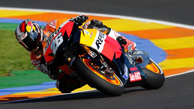 Pedrosa in pole con il nuovo record di Valencia