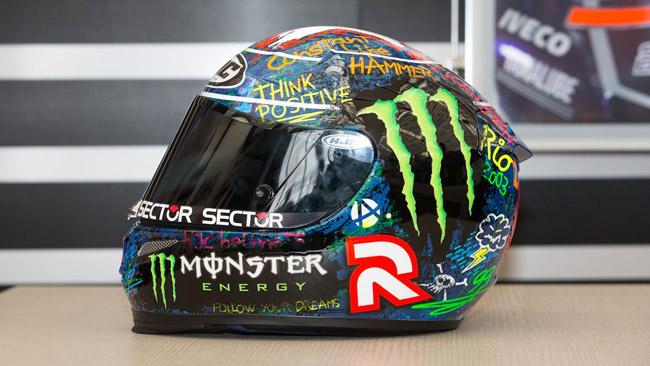 Lorenzo con una livrea del casco inedita a Barcellona