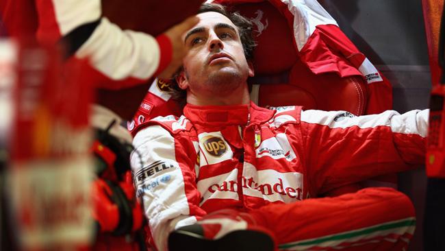 Inutile sparata: Alonso e Santander alla Lotus!