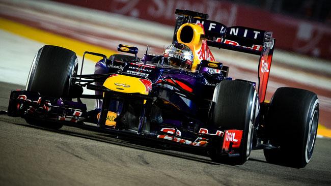 Sebastian Vettel senza avversari anche a Singapore