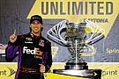 Denny Hamlin trionfa nella Sprint Unlimited a Daytona