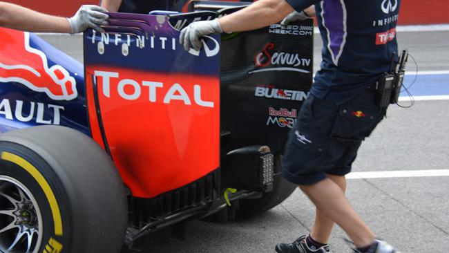 Red Bull: paratia dell'ala con soffiaggio verticale
