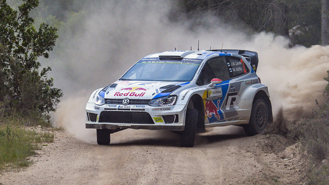 Italia, PS16: Latvala all'attacco, Ogier si difende