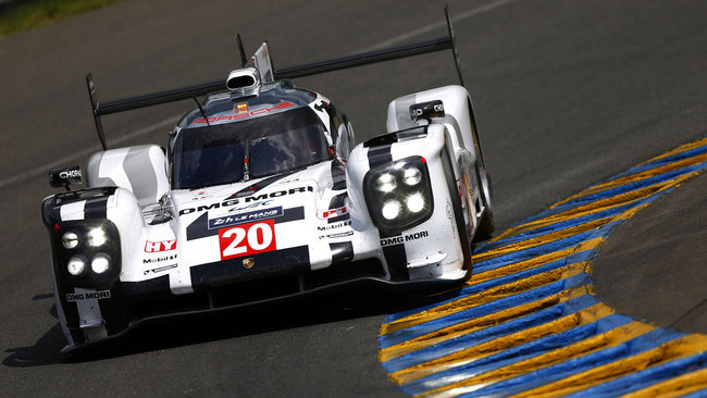 Clamoroso: si ferma l'Audi 1 e torna davanti la Porsche