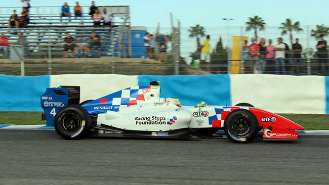 Rowland domina l'ultima gara a Jerez