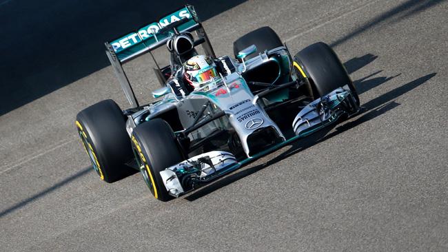 Abu Dhabi, Q1: Hamilton comincia davanti
