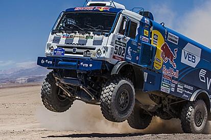 Dakar, Camion, Tappa 10: Nikolaev mette la sesta!