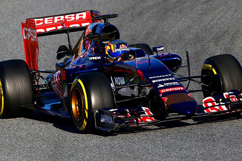 Barcellona, Day 4, Ore 11: Sainz Jr davanti con le soft
