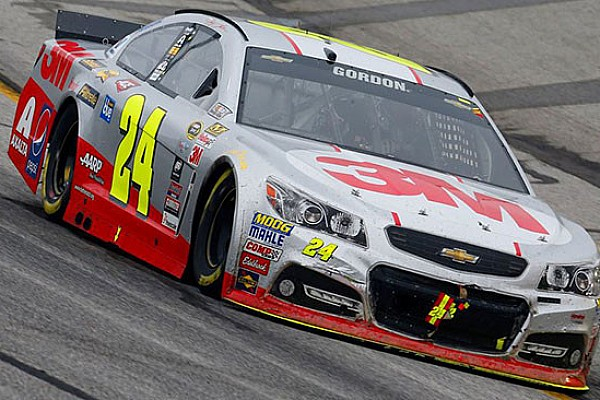 Jeff Gordon perde la pole di Las Vegas