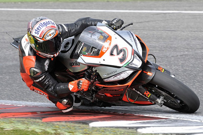 Max Biaggi completa 137 giri in tre giorni a Vallelunga