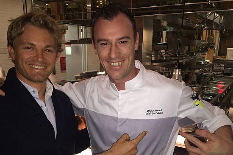 Nico Rosberg a cena trova lo chef... Ferrari