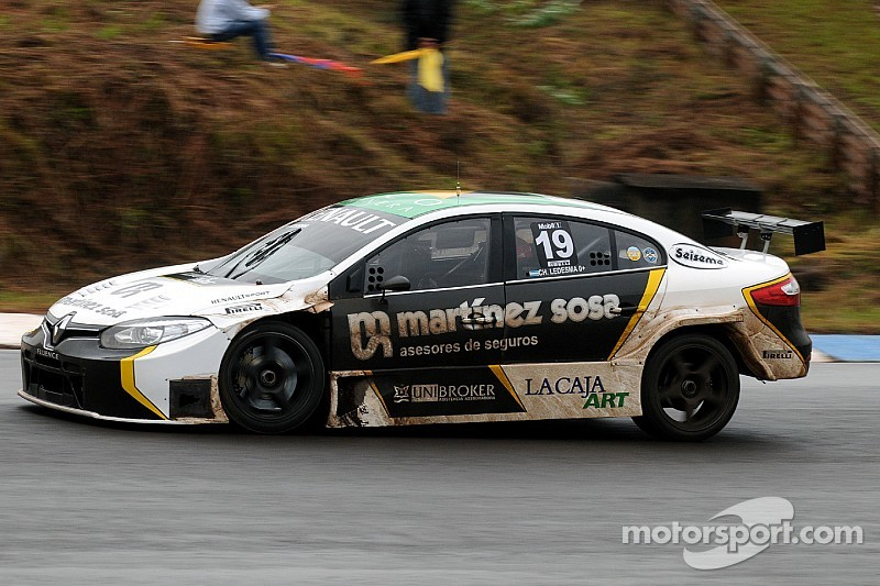 STC2000: Renault en el top 3 de la clasificación en Oberá