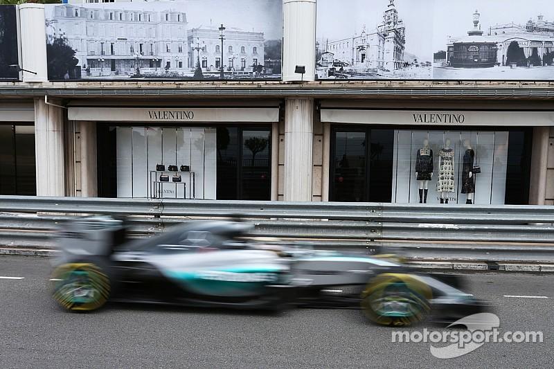 Hamilton ratifica domínio em Mônaco em sessão encurtada pela chuva