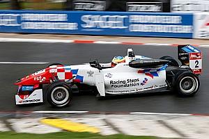F3 Ultime notizie Jake Dennis si prende la pole di Pau su Leclerc