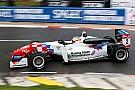 Jake Dennis si prende la pole di Pau su Leclerc