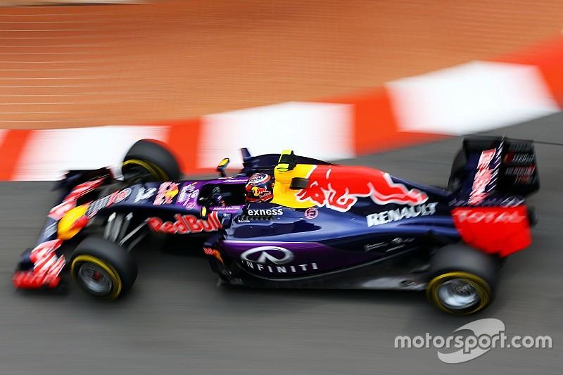 """Tost cree que un año extra en Toro Rosso """"hubiera ayudado"""" a Kvyat"""