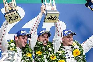 Le Mans Crónica de Carrera Porsche se impone en Le Mans