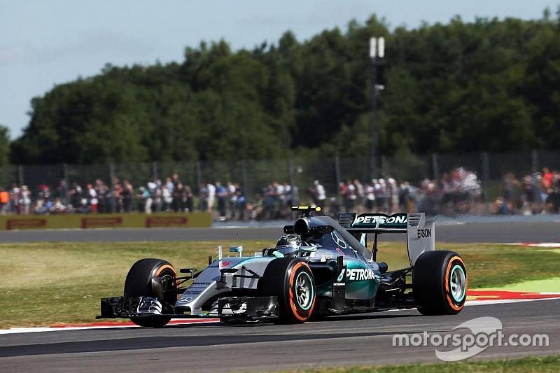EL1 - Rosberg en panne, puis en tête!
