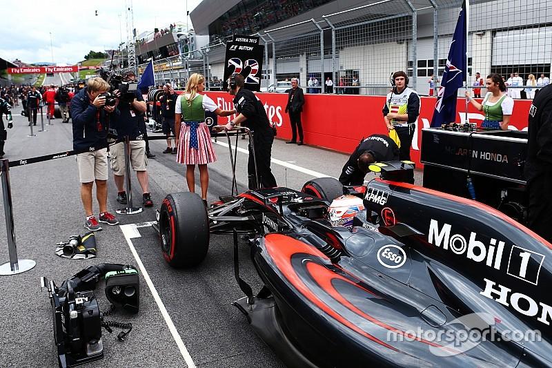 Формула 1 отказалась от дополнительных штрафов за замену моторов