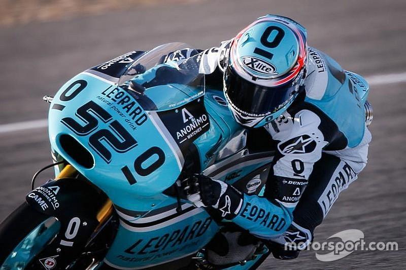 Moto3: Com grande volta, Danny Kent lidera treinos na Alemanha