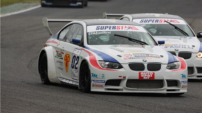 Doppietta BMW in gara 2 a Portimao