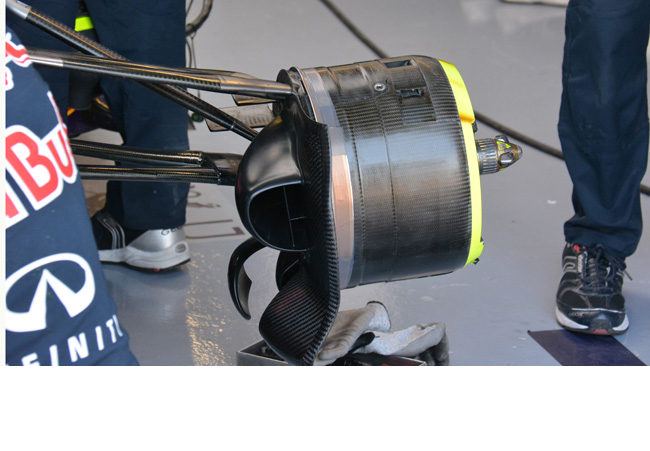 Red Bull: brake duct con la palpebra in carbonio