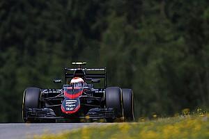 فورمولا 1 أخبار عاجلة باتون يحصل على عقوبة تراجع 25 مركزًا في سباق النمسا