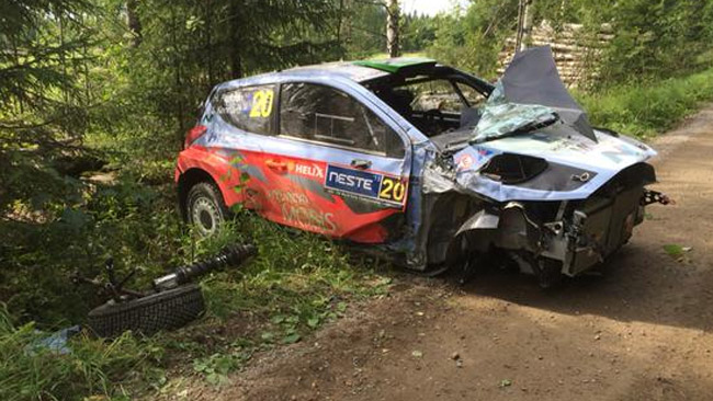 Finlandia, PS6-7: che botto di Hayden Paddon!