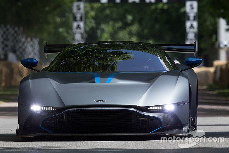 Aston Martin rejette la rumeur Adrian Newey…dans l'immédiat