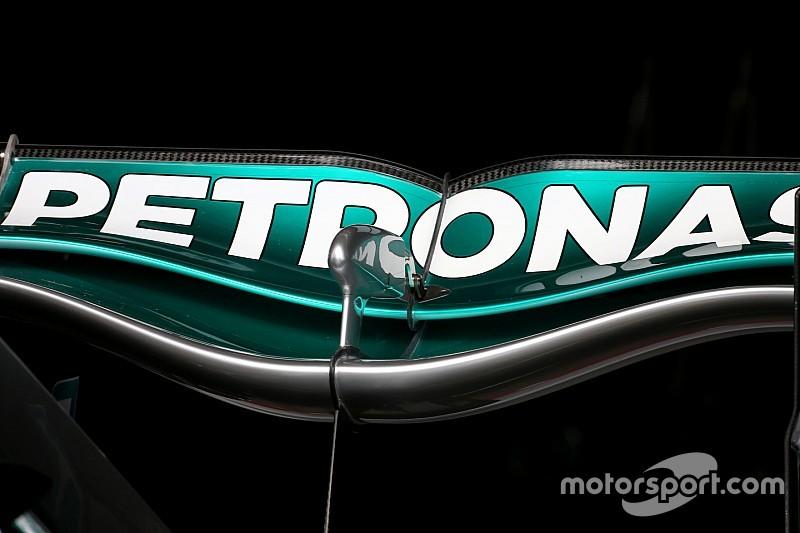 Mercedes: ecco l'inedita ala svergolata posteriore