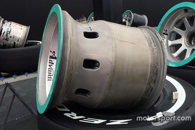 Mercedes: a cosa serve il cerchio posteriore con i buchi?