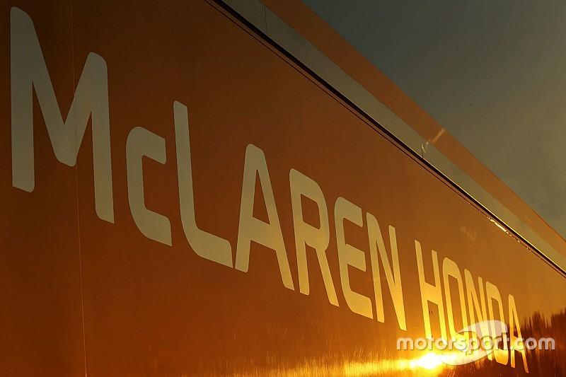 McLaren tiene 55 plazas de penalización para la parrilla