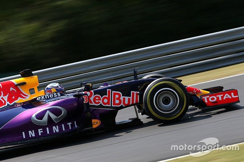 Ecclestone - Mercedes doit bien réfléchir pour motoriser Red Bull