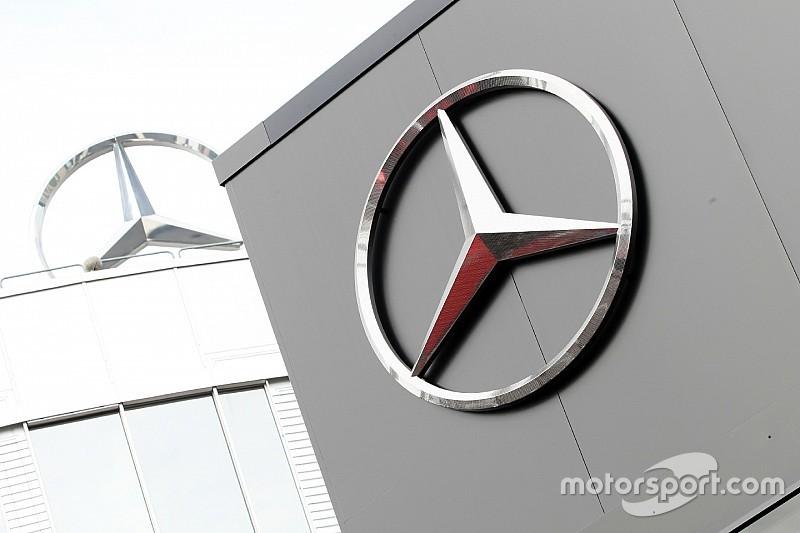 "Sonho da Red Bull de correr de motor Mercedes ""acabou"""