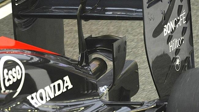 McLaren: Alonso usa il Monkey seat, Button invece no