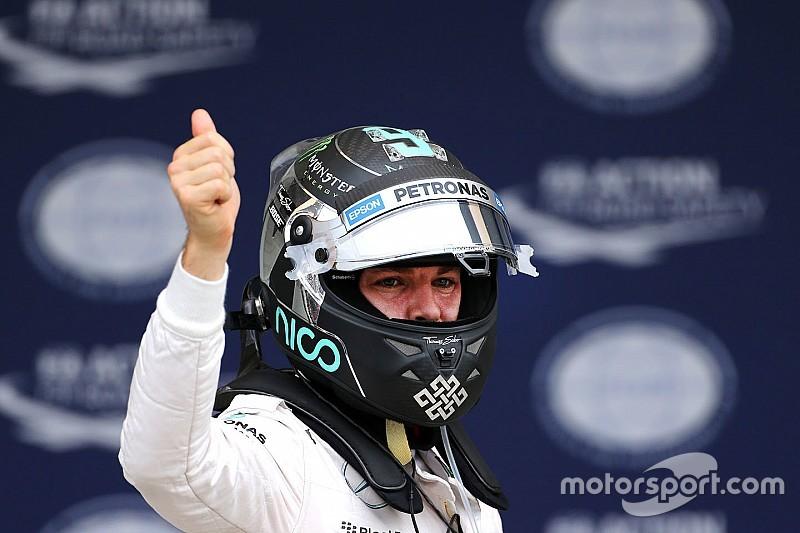 """Rosberg - """"'J'ai souri, car j'ai su que j'avais une voiture parfaite"""""""