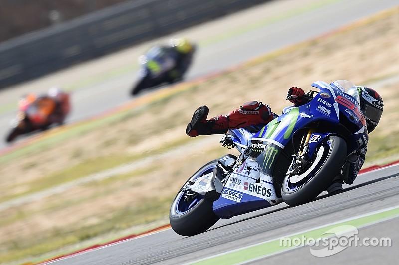 Course - Lorenzo en solitaire, Pedrosa en résistant!