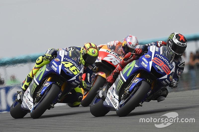 Rossi perd de précieux points face à un Lorenzo