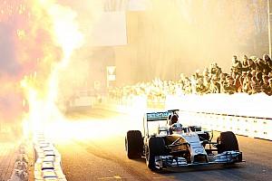 Formule 1 Actualités Mercedes va faire le show dans un stade de football