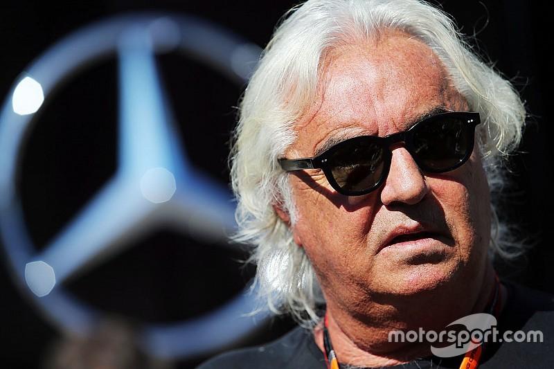 Flavio Briatore: Hybridantrieb als Achillesferse der Formel 1