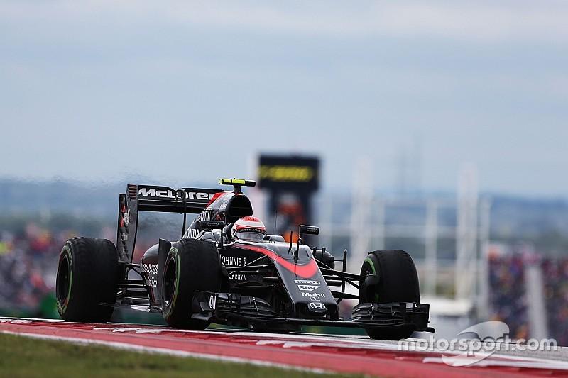 "McLaren ""nowhere as fast"" as expected - Button"