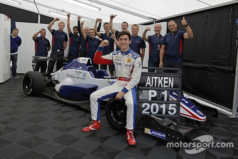 Eurocup champion Aitken considering F3.5, GP3 for 2016