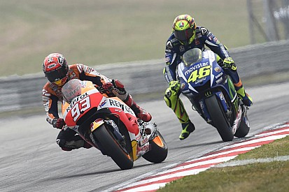 "Yamaha refutes Honda's claims: ""Rossi did not kick Marquez"""