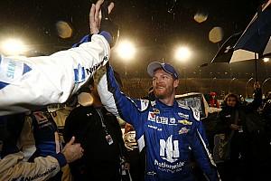 NASCAR Cup Ultime notizie La pioggia incorona Dale Eanrhardt Jr a Phoenix