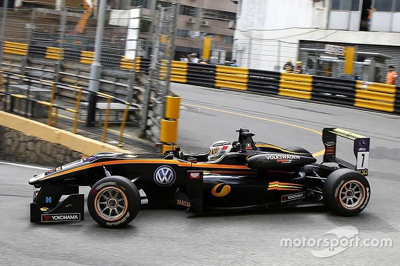 "Giovinazzi angry that ""strange decision"" cost him Macau victory"