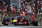 Ricciardo regresa al motor viejo de Renault