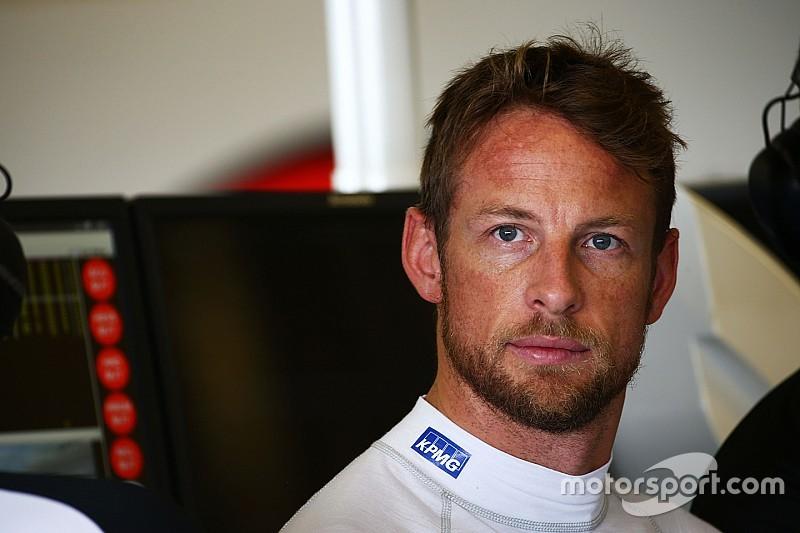 """Para Button, McLaren tem de melhorar em """"todas as áreas"""""""