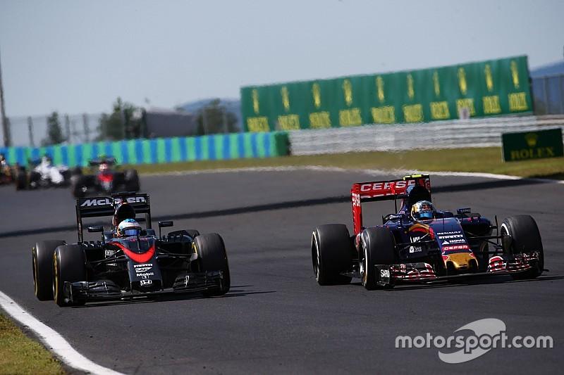 'Verstappen een goede teamgenoot voor Sainz' - Alonso