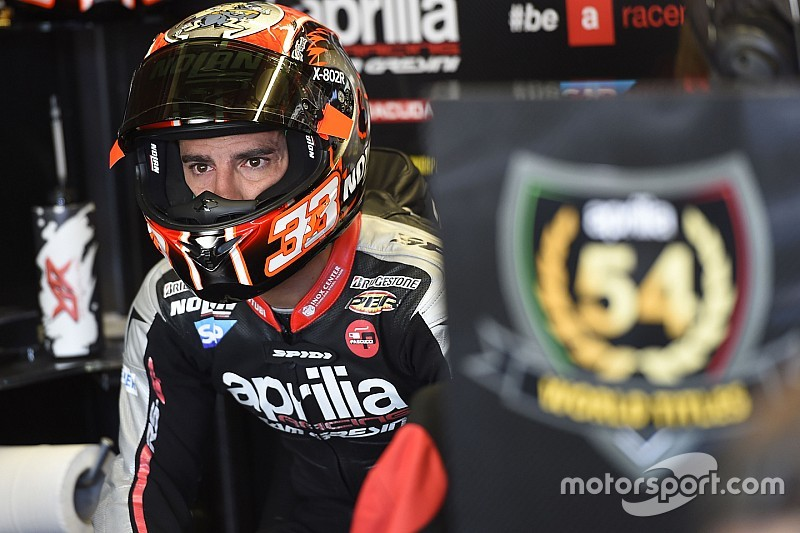 Melandri considers cars switch as MV Agusta wait continues